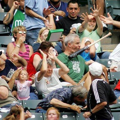 baseball fail funny pic picture lol