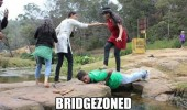 gir boy bridge walk bridgezoned funny pics pictures pic picture image photo images photos lol