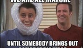 chandler joey bubble wrap friends tv funny pics pictures pic picture image photo images photos lol