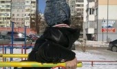 fail man balancing friend holding kids swing park play funny pics pictures pic picture image photo images photos lol