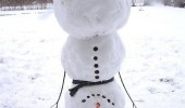 upside down handstand snowman trick ta da snow winter funny pics pictures pic picture image photo images photos lol