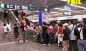 laziness fail stairs escalator mall subway queue funny pics pictures pic picture image photo images photos lol