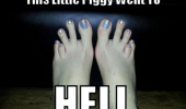 weird deformed feet toes little piggy went to hell funny pics pictures pic picture image photo images photos lol
