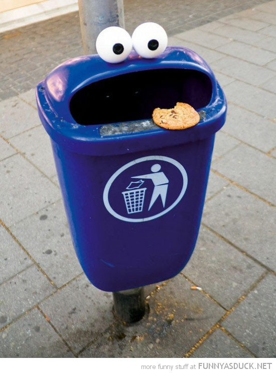 cookie monster litter garbage trash can bin eyes funny pics pictures pic picture image photo images photos lol
