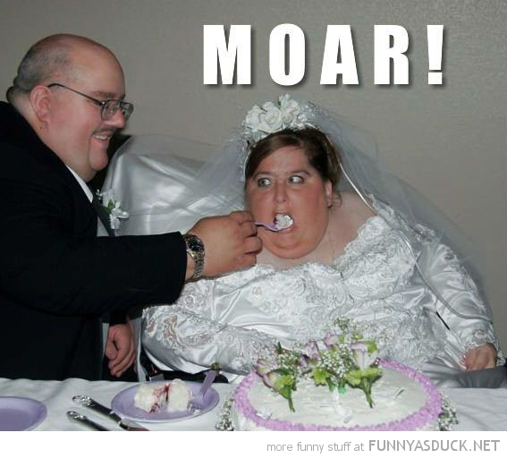 fat woman bride wedding eating cake moar more funny pics pictures pic picture image photo images photos lol