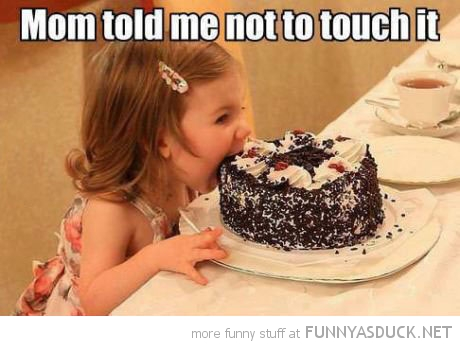 girl kid biting birthday cake mom told me not touch funny pics pictures pic picture image photo images photos lol