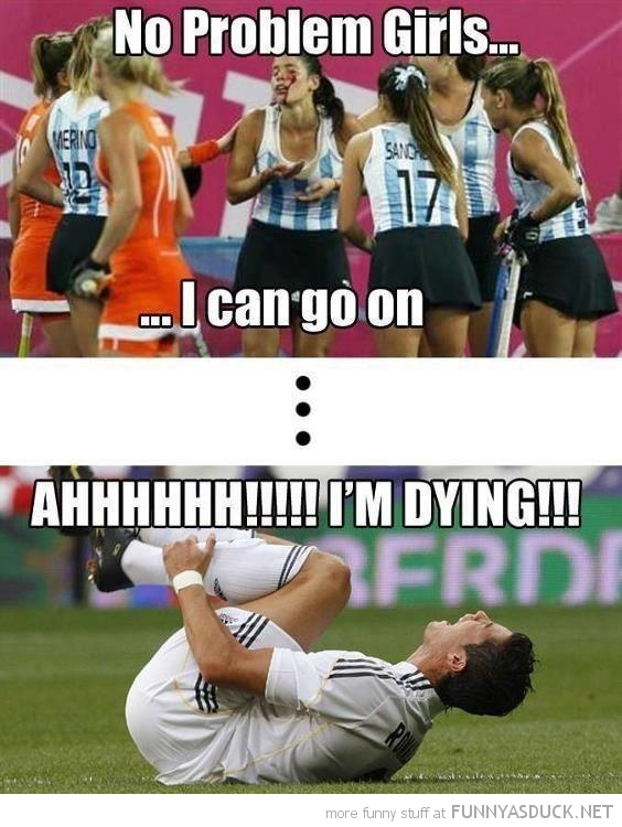 hockey player girl blood head can go on soccer football I'm dying funny pics pictures pic picture image photo images photos lol