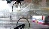 man fall off bike into puddle take an umbrella they said funny pics pictures pic picture image photo images photos lol